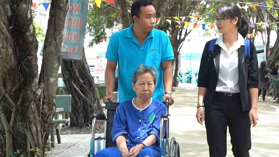 ADC Group tổ chức thăm hỏi gia đình nhân viên đang gặp khó khăn